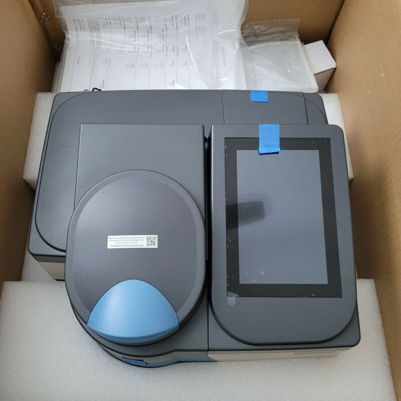 Thermo Scientific Orion AquaMate 7100 Spectrophotometer Brand New Never Used