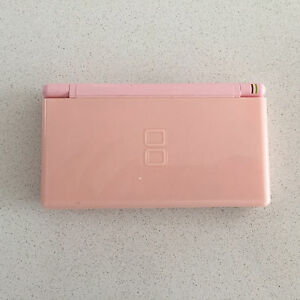 Nintendo DS with free games Albert Park Port Phillip Preview