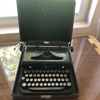 Antique ROYAL Model O Portable Typewriter w/ Case 1930's Touch Control Glass Key