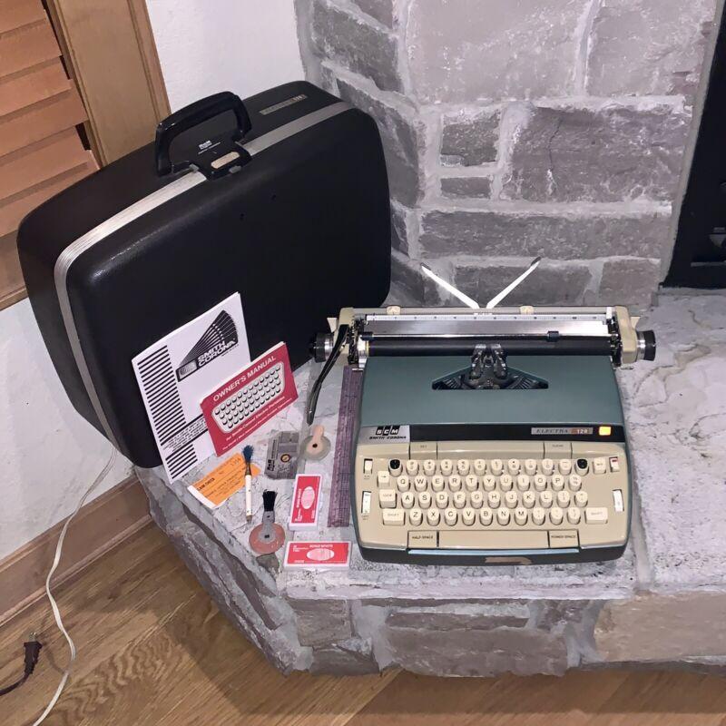 Smith-Corona USA Electra 120 Sapphire Blue Electric Typewriter Manual/Case Works