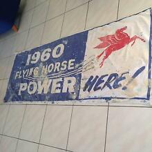 Mobil Flying Horse Banner Hadfield Moreland Area Preview