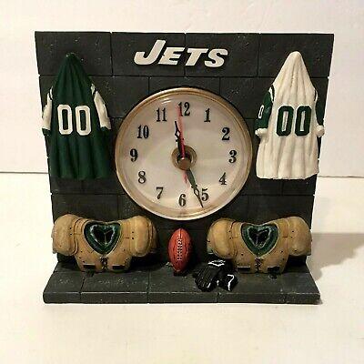 NEW YORK JETS DESK CLOCK SHOWING THE LOCKER ROOM JERSEYS PADS FOOTBALL IT (New York Jets Desk Clock)