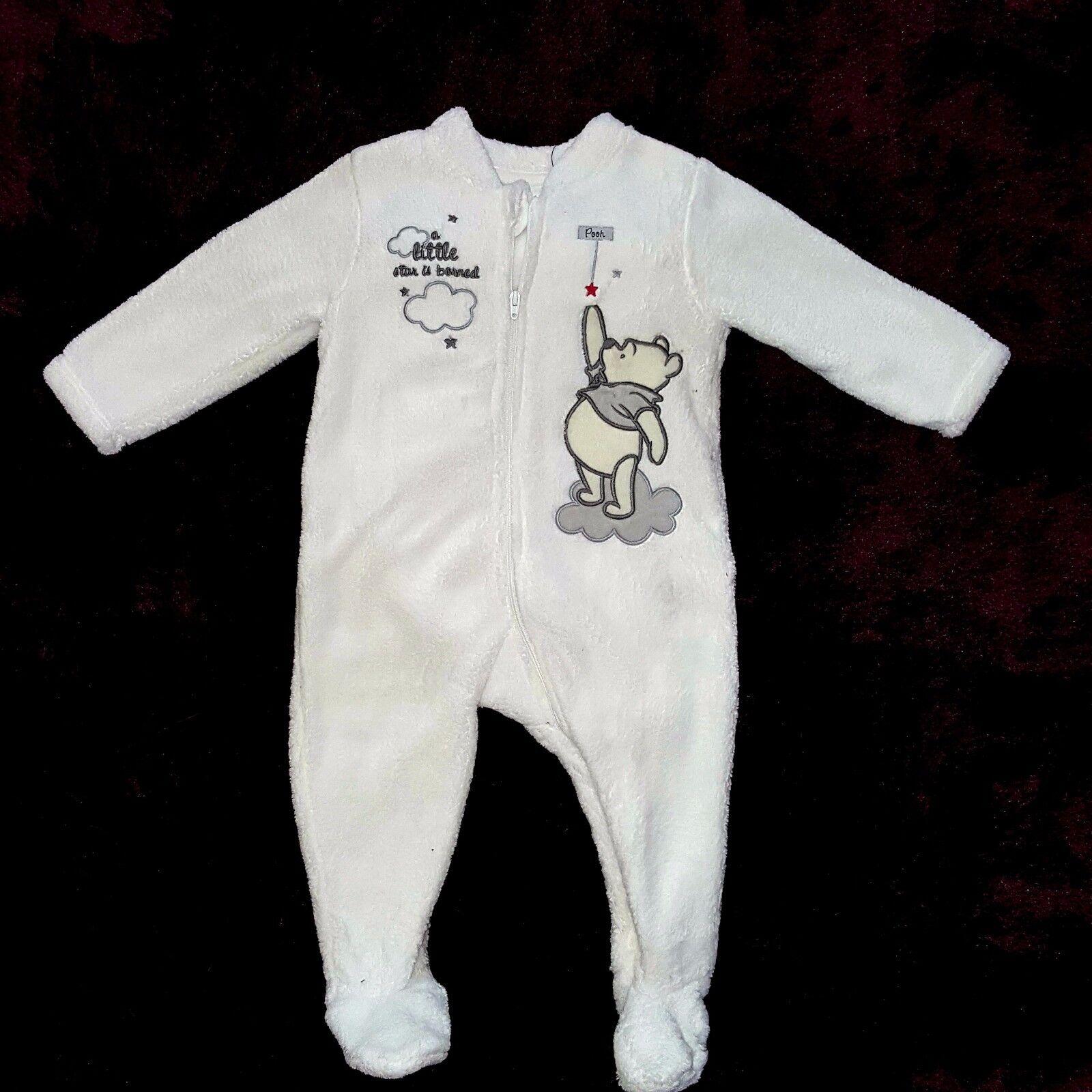 c19539d16f658 Pyjama WINNIE avec chaussette de Noel DISNEY