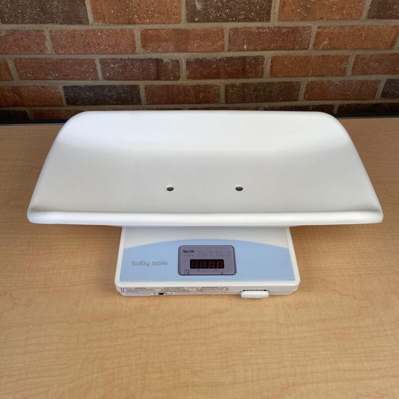 Tanita Professional Digital Baby Scale Model 1584 Max 20kg 40 Lb