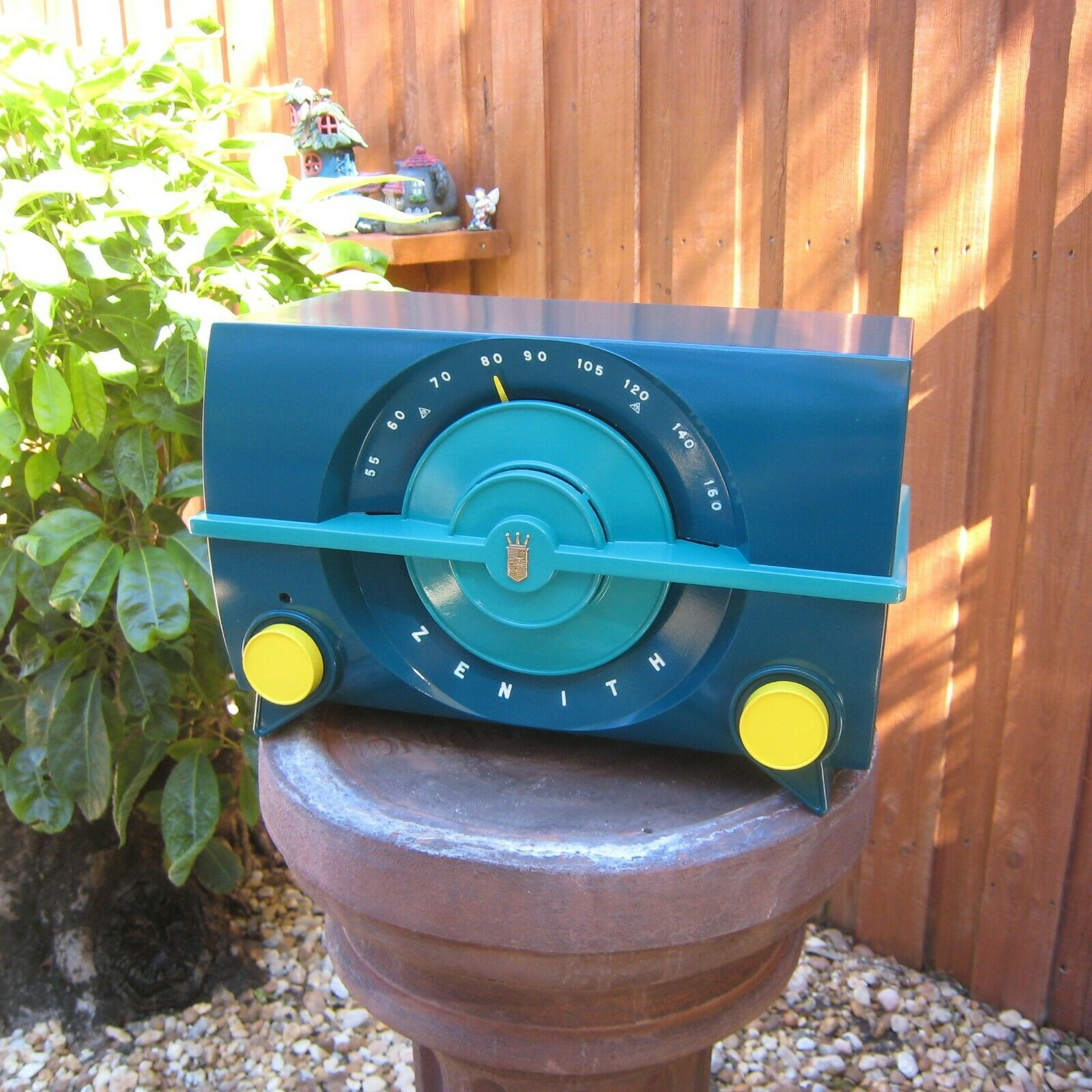 VTG 1952 Zenith J615 AM Tube Radio Painted Bakelite Mid Century Atomic - $49.99