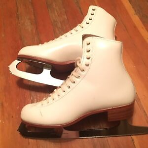 Riedell Leather Figure Skates, women size 8 GREAT CONDITION