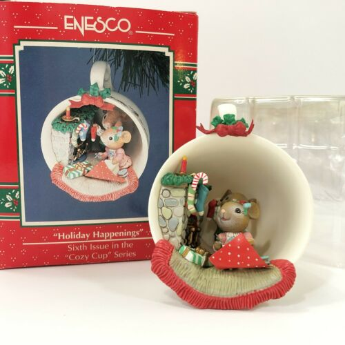 Enesco Treasury Holiday Happenings Cozy Cup Series 6th Issue Ornament 1992