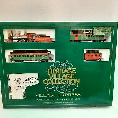 Bachmann Dept. 56 Heritage Village Express Electric Train Set HO Scale WORKING