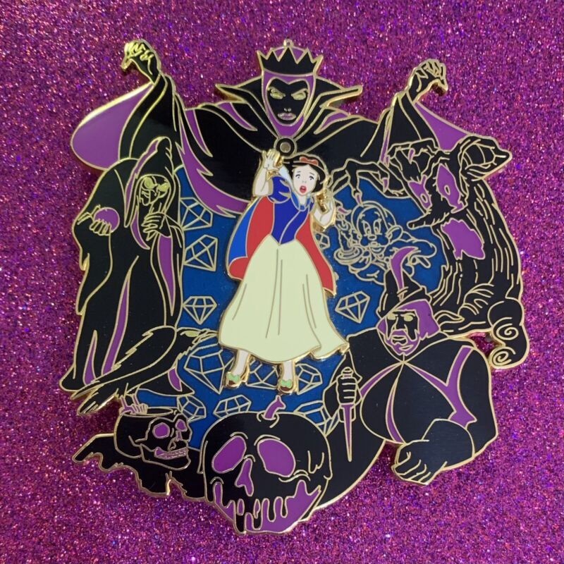 Snow White and the Evil Queen Night Terrors LE 50 Fantasy Pin
