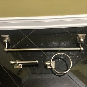 Bathroom Fixture Set
