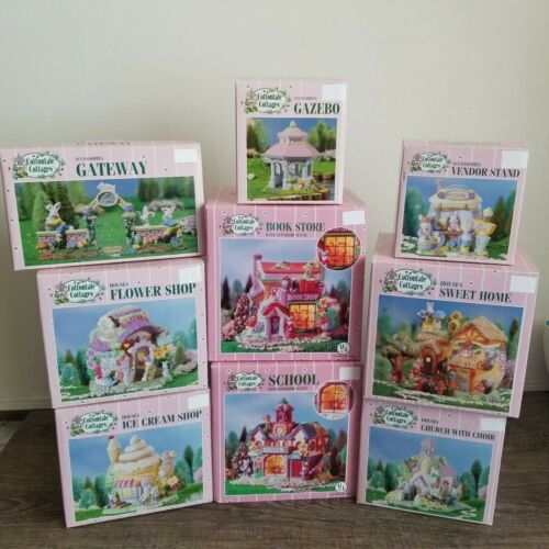 Lot of Beautiful Vintage Cottontale Cottages Easter Bunny Houses
