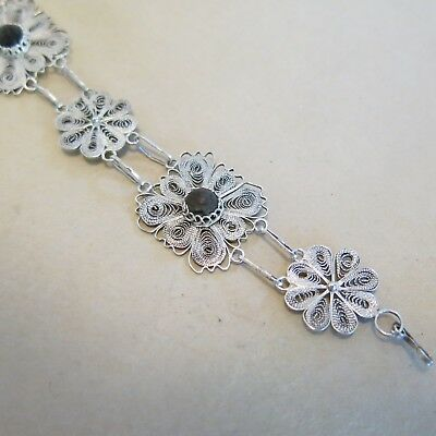 Spun Silver Bracelet with Black Onyx 7.75 inch 11.2g [4160]