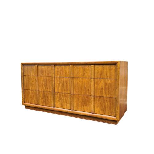 Vintage Henredon Walnut Low Double Dresser / Lowboy / Credenza On Casters Mcm