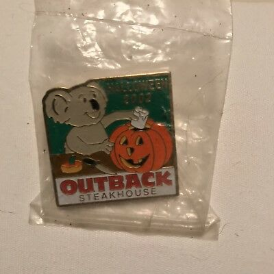 Outback Steakhouse hat lapel pin - Koala Carving Pumpkin - Halloween 2002](Outback Halloween)
