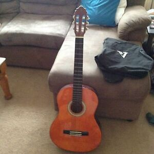 Valencia classical guitar + soft case Dean Park Blacktown Area Preview