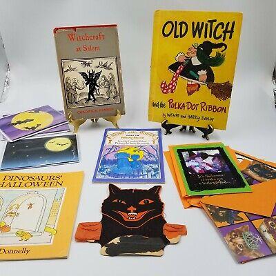 Witchcraft at Salem 1969 Halloween Vintage Cat Books New Cards Bats October Lot