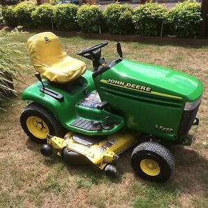 John Deere ride on mower lx277 48in cut Baw Baw Area Preview