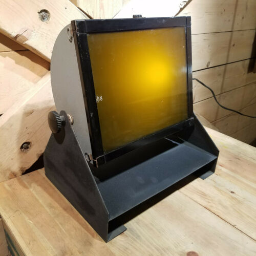 "Kodak Darkroom Safelight Lamp Vintage 10"" x 12"" w Kodak O C Filter - Swanky Barn"