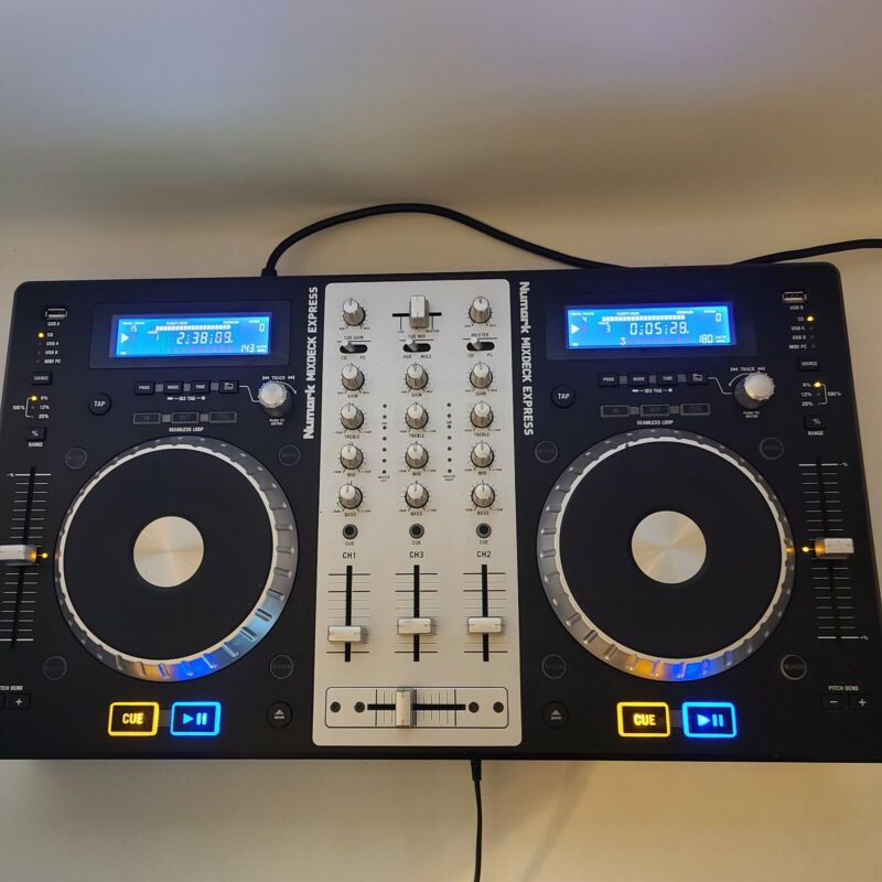 NUMARK MIXDECK Express DJ Controller Universal 2 Dual CD Deck With USB Playback