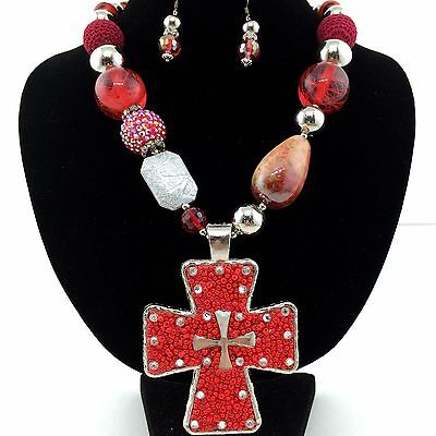 - Western Cowgirl Chunky Red Seed Bead Rhinestone Heart Pendant Necklace Earring