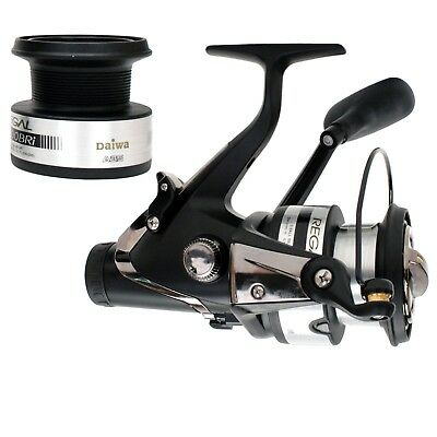 Daiwa Regal BRI Bite N Run Spinning Reel Left/Right Hand - 4.9:1 - -