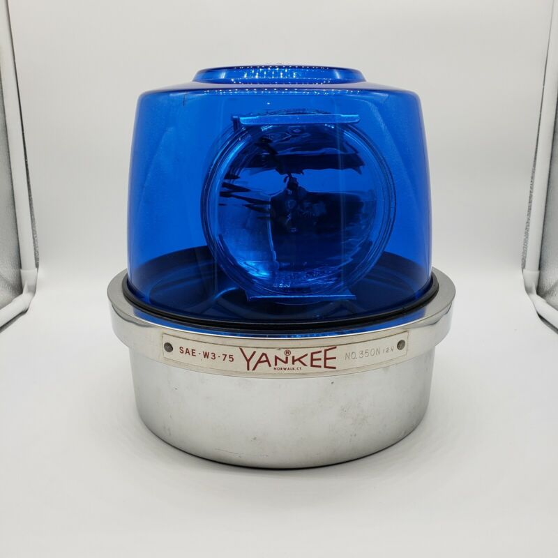 Vintage Yankee Blue Dome Rotating Beacon Light Lens 12V No. 350N SAE-W3-75 YMPC