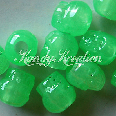 100 Lime Green Glow in the dark Skull pony beads for kandi crafts Pirate - Glow In The Dark Plastic Beads