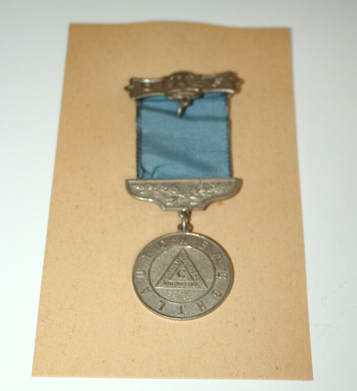 1930 Masons Masonic Fraternal Ribbon Medal Badge NOS New H Everline
