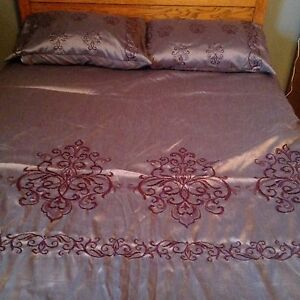 Duvet cover with sheets for a double bed