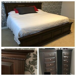 Solid Maple Wood King Bed + 2 Lingerie Chests