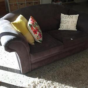 Sofa lounge Teringie Adelaide Hills Preview