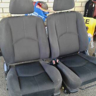 Mazda Tribute / Ford Escape full seat set with front seat belts