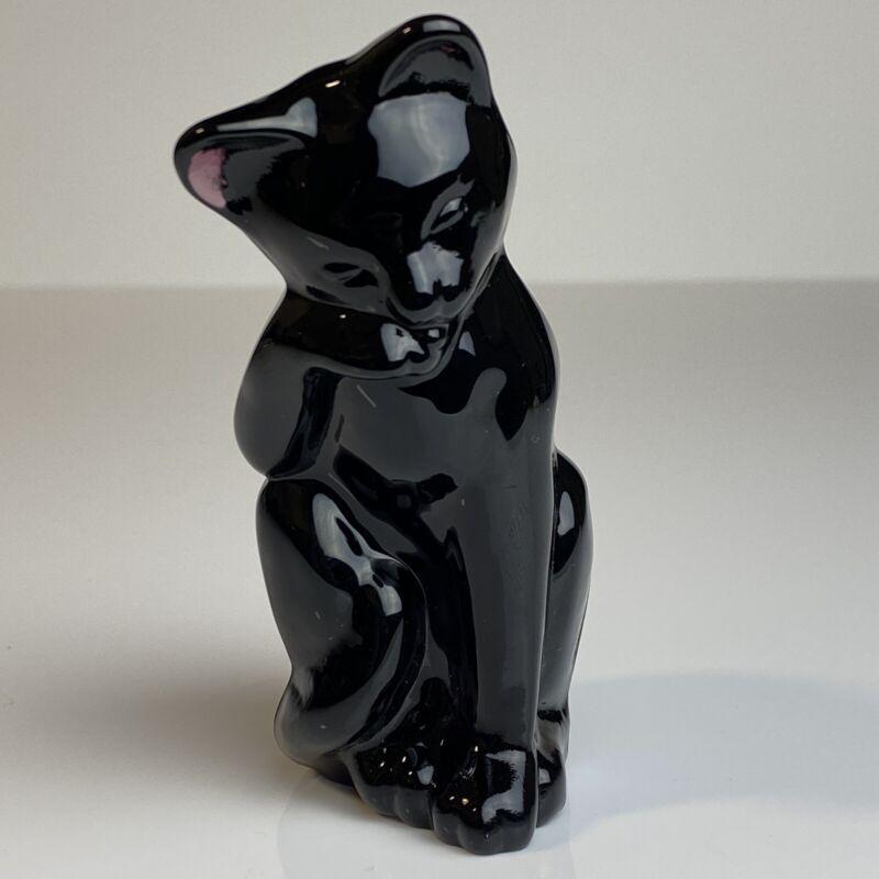 Fenton Glass Amethyst Purple Grooming Cat