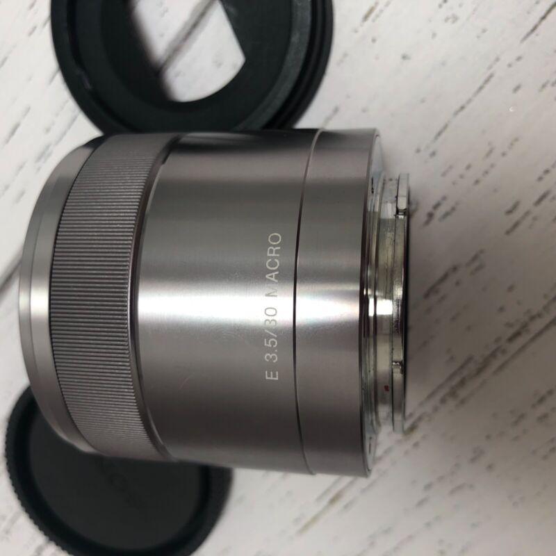 Sony E 30mm F3.5 Macro Lens SEL30M35