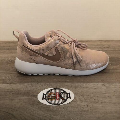 Nike Roshe One Premium Women's Shoes 833928-900 Metallic Red