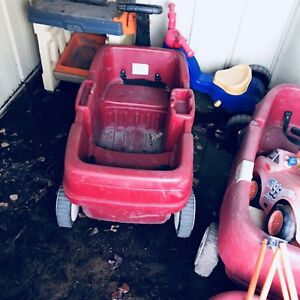 Kids wagon and outside toys