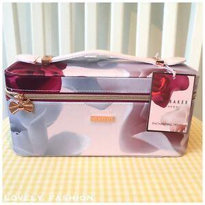 Ted Baker Enchanting Treats Wash Vanity Case Make Up Bag Floral Roses Xmas Gift