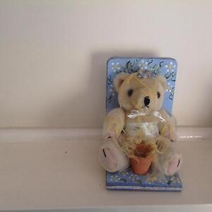 Honey Bear bookend. Vintage. Nic's craft Chadstone Monash Area Preview