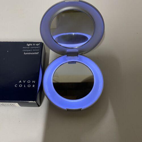 AVON Light It Up Mirror Compact Battery Round Grey Makeup Pu