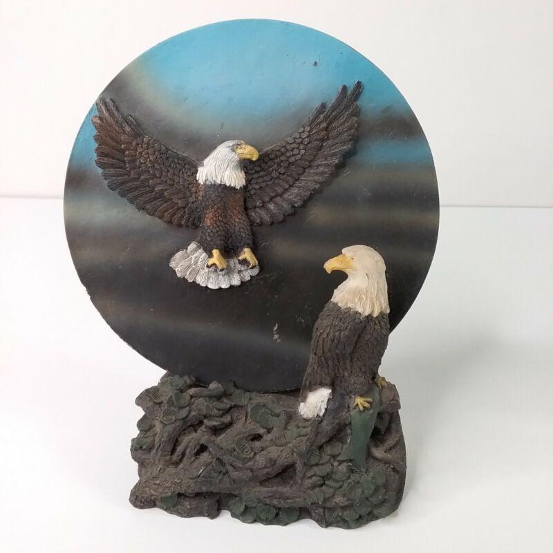 """Eagle Mates Statue Globe Giftco. Inc. 7"""" Tall"""