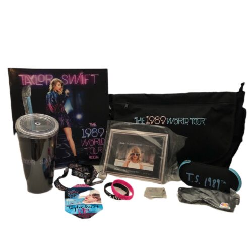 Taylor Swift 1989 World Tour VIP Pack Commemorative Merchandise LOT of 9 Items