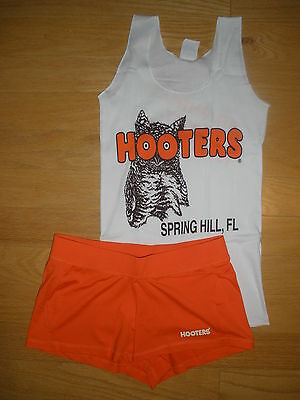 NEW HOOTERS UNIFORM HALLOWEEN COSTUME NEW STY SHORTS MED FLA W/EXTRAS POUCH TAG  (Medium Halloween Costume)