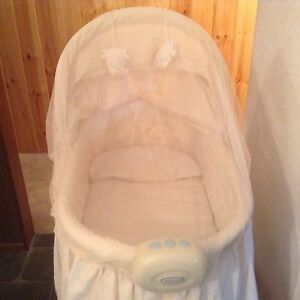 Babybjorn bassinet Willetton Canning Area Preview