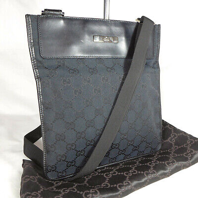 Authentic Vintage Gucci Black GG Canvas Crossbody Messenger Shoulder Bag Ex Con