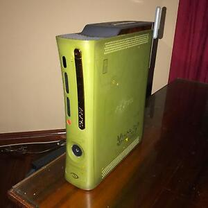 XBOX 360 Halo Limited Edition - Completely Working Condition Lane Cove Lane Cove Area Preview