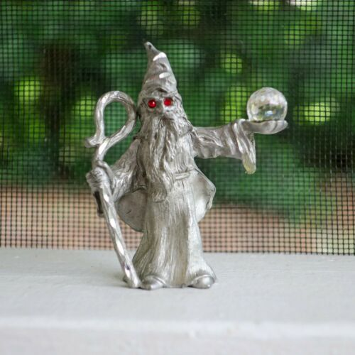 Spoontiques 538 Pewter Wizard Sorcerer Figurine Ruby Red Eyes Crystal Staff