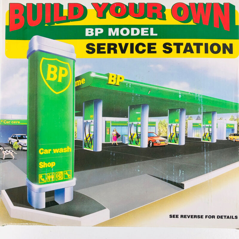 Build your Own BP Gas Service Station Car Wash Toy Model Kit 1995 Edition NIB