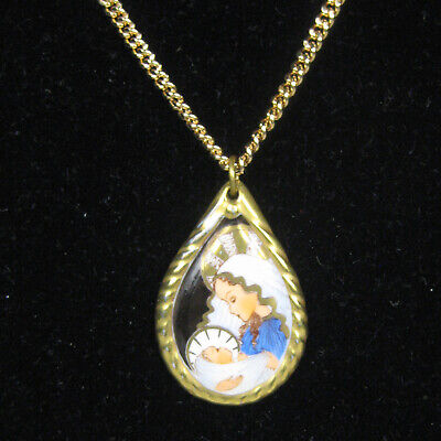 Necklace Womens Pendant Porcelain Madonna Child 23 Inches Jewelry Signed -