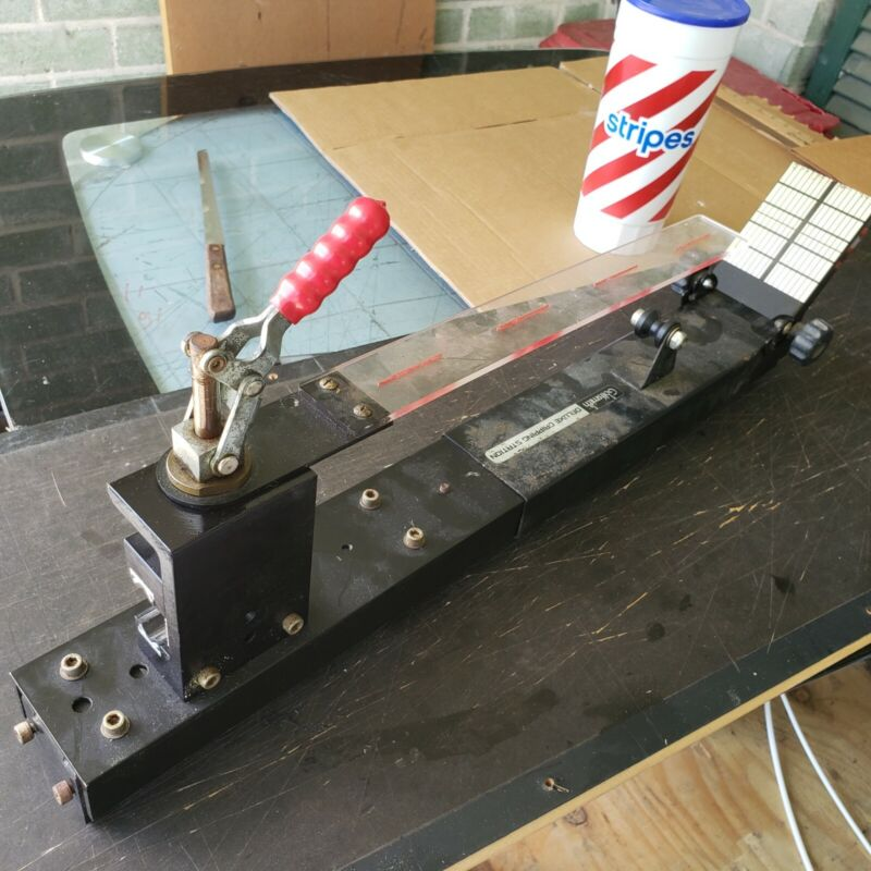 Golfsmith Gripping Jig - Pre Owned Vintage Golf Club Regripping Station deluxe