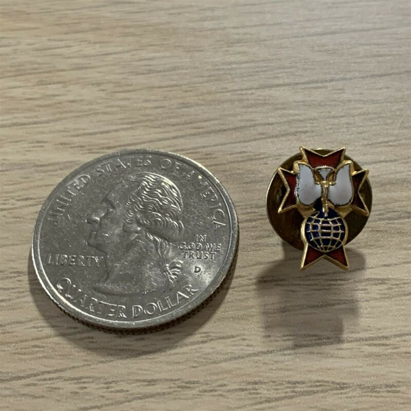 Knights of Columbus 4th Degree Member Gold Tone Pin Pinback #39563
